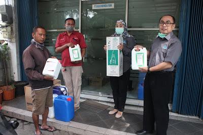 Prosesi serah terima bantuan dari ASOHI kepada Dinas Kesehatan DKI Jakarta (30/3)